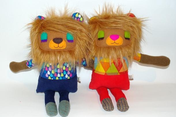 lion buddies